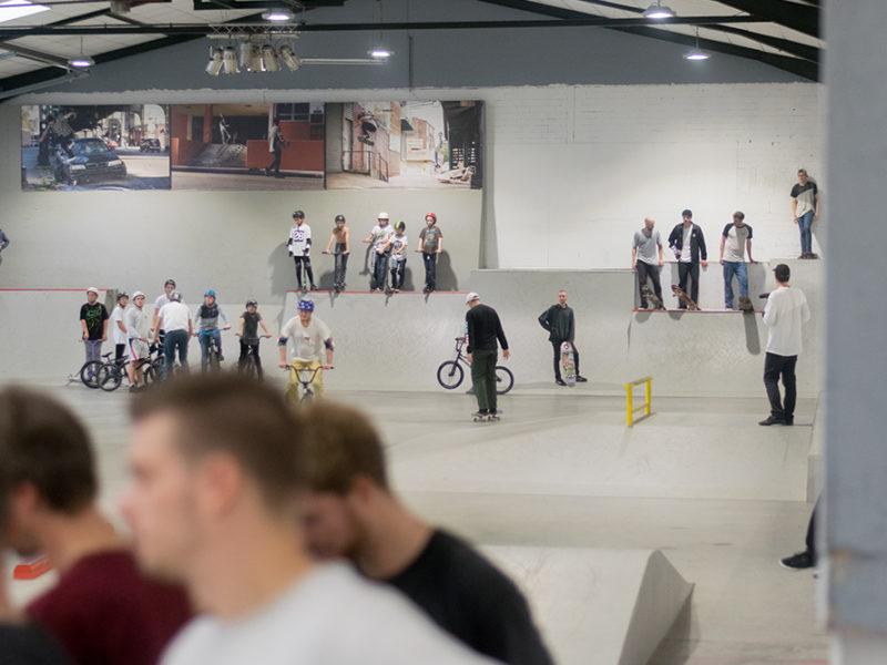 Unsere Mitglieder in der Skatehalle